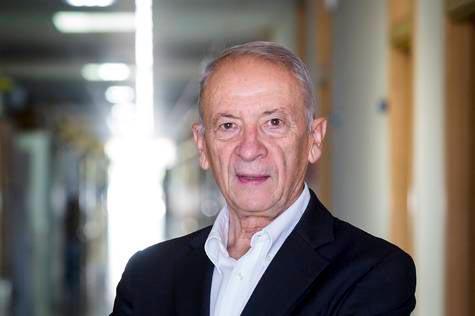 La R.S.C. del Reino Unido premia a dos investigadores aragoneses