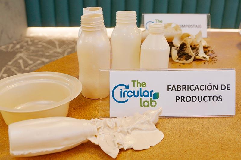 TheCircularLab crea un plástico a partir de residuos vegetales que se puede reciclar