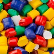El plástico reciclado supera al depositado en vertedero por primera vez en España