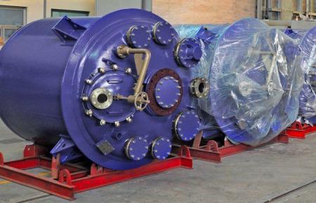 DIN-BE-Type-Reactors
